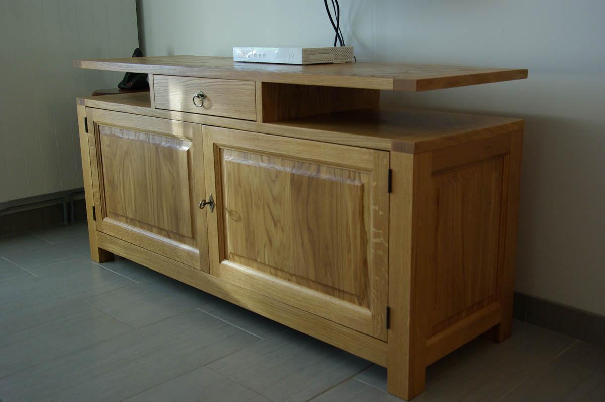 meuble hifi et petite vitrine en ch ne massif camon 80 atelier hersan. Black Bedroom Furniture Sets. Home Design Ideas